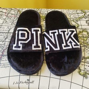 NWOT Pink Slippers sz s 5-6